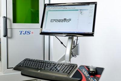 fiber-lser-monitor-keyboard
